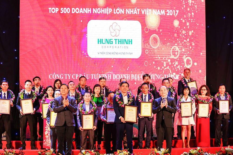 """Hưng Thịnh đoạt giải thưởng """"Top 500 Doanh nghiệp lớn nhất Việt Nam 2017"""""""
