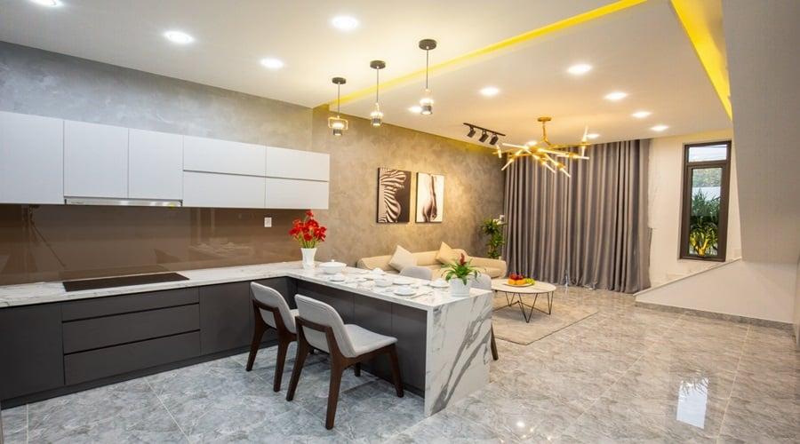Phòng bếp nhà đẹp 2 tầng