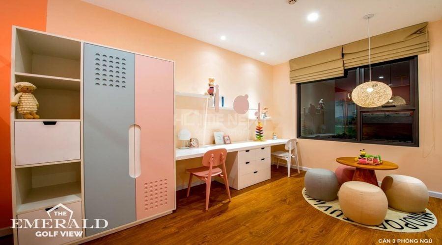 Phòng ngủ cho bé với thiết kế rộng rãi để có thể vui đùa
