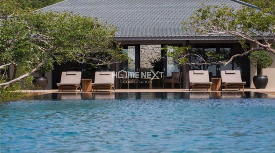 Hồ bơi tràn bờ Ruri được thiết kế theo tiêu chuẩn quốc tế