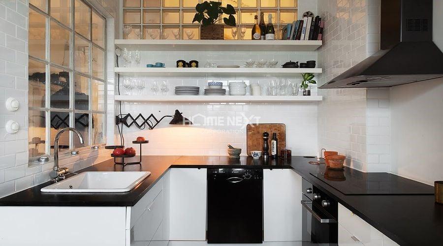 Kệ treo tường trở thành điểm nhấn cho căn bếp hiện đại