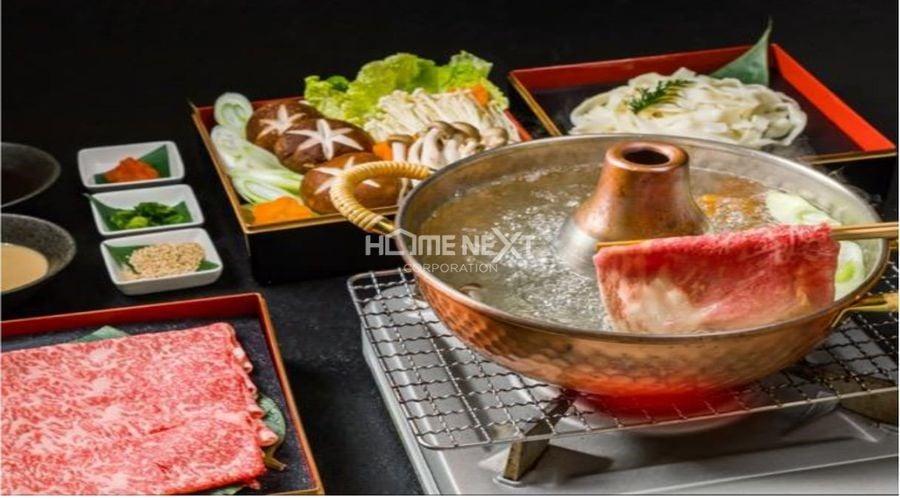 """Thưởng thức món lầu đặc thù của Nhật Bản """"Sukiyaki"""""""