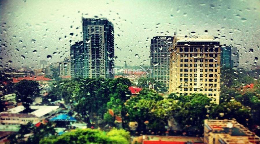 Mùa mưa là thời điểm thích hợp để đi mua nhà