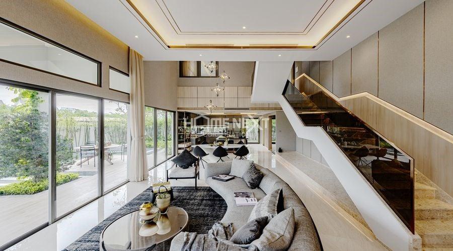 Mỗi căn nhà đều sở hữu 2 mặt tiền trước và sau thông thoáng, khoảng cách mỗi căn 4,8-5 m