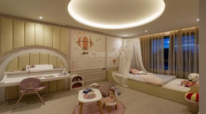 Phòng ngủ với màu sắc dịu nhẹ dành cho cô con gái nhỏ