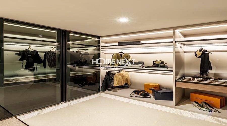 Phòng chứa đồ với không gian rộng lớn